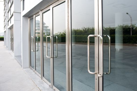commercial-glass & aluminium doors