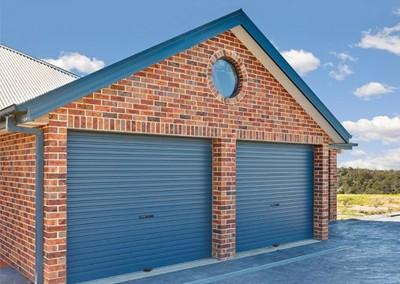 Blue B&D roller door