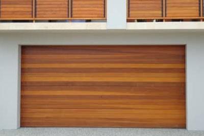 mid-brown Timber-look garage door